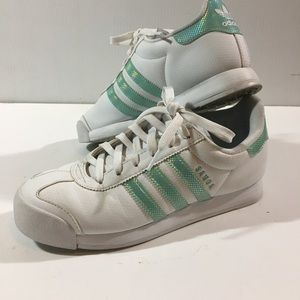 Adidas Holographic Samoa mint green sneakers sz 7